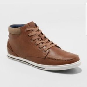 Mid Top casual sneakers